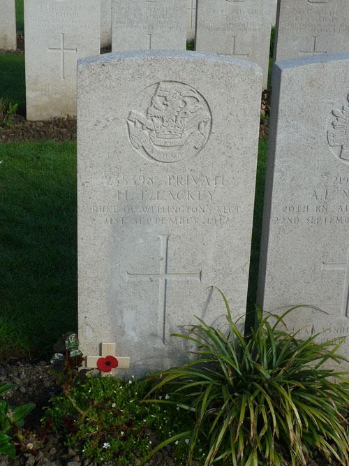gravestone of Henry thomas lackey